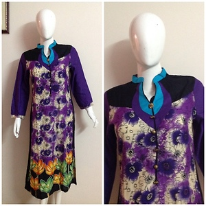 Floral print kurti with unique design on neck