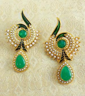 LALSO Green Pearl Earring - LAE74_GR