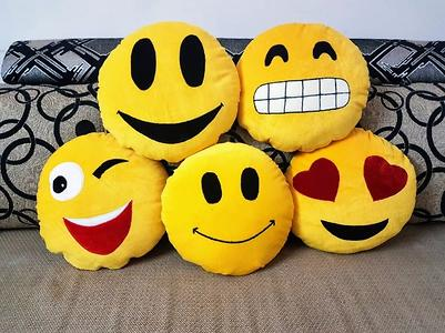 Smiley Cushions  with Fillers - (2 Piece)