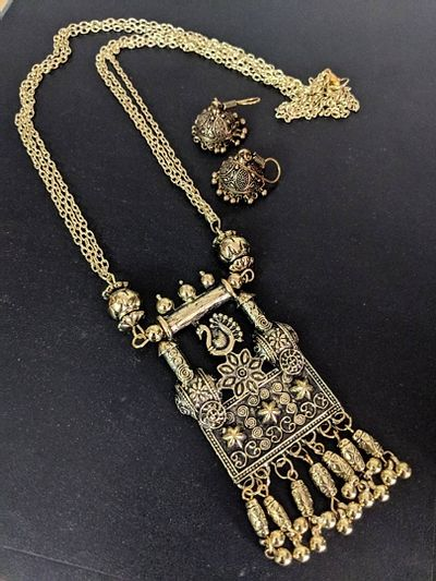 Bahubali necklace and earrings combo set
