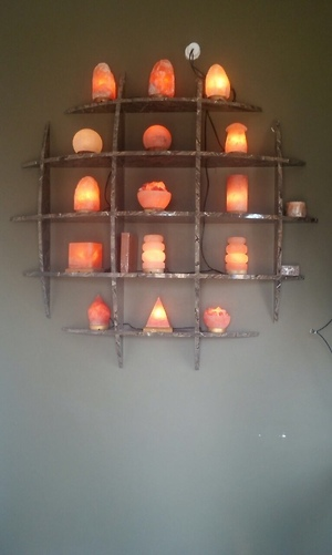 Himalayan rock salt therapeutic lamps