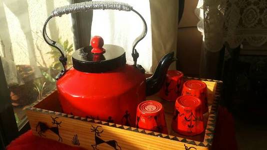 Hand painted warli art kettle with tray n glass
