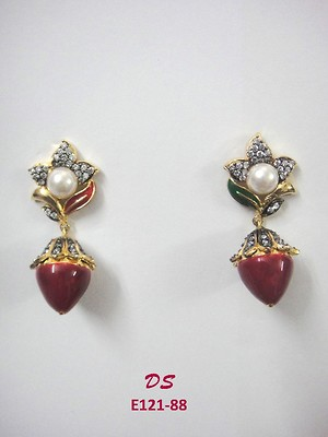 Jewels Arena AD Earring