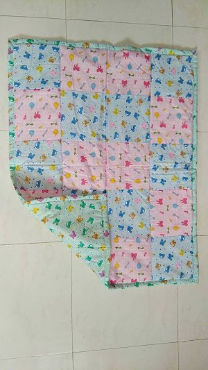 Squared quilt blue and pink nursery print
