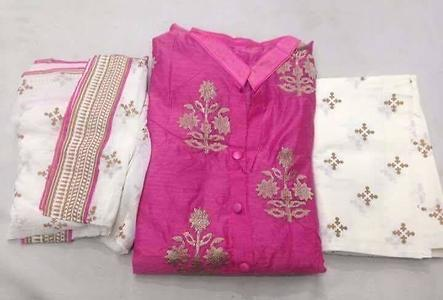 semi stitched chanderi suits