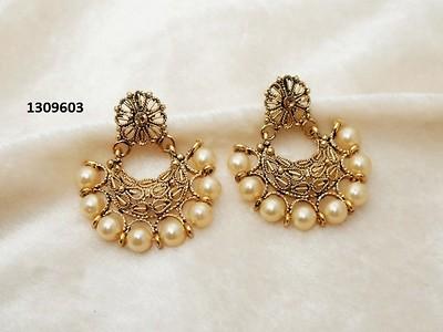 Jewelmaze Austrian Stone Zinc Alloy Earrrings  1309603