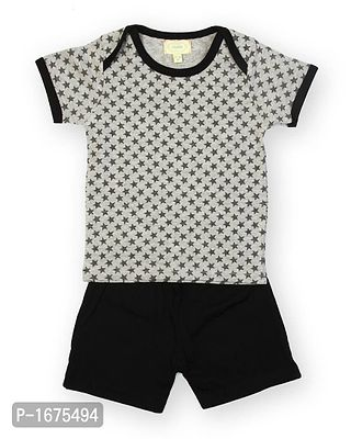 Grey Star Aop Printed Tshirt With Solid Black Shorts