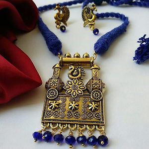Blue Threaded Pendant Necklace With Earring MTN-101