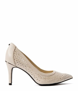 JONES NEW YORK PERFORATED PUMP - OFFWHITE