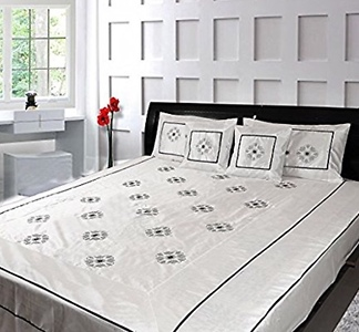 Silk embroidered 5 pcs Double Bedcover set