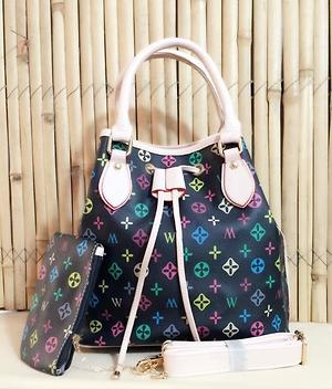 Lady tote bag with pouch