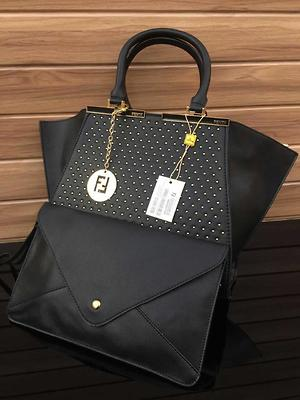*Fendi Small Stud Bag in Bag*  ✅ Quality7A   ✅ Book @ 1550  ✅Shipping Extra   ✅ shipping fix        Delhi and NCR 50 ₹       ROI 100 ₹        North East 150 ₹        ✅weight 950 gram  ✅ Size         Height : 10 inches        Width : 16.5 inches
