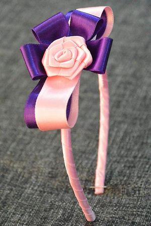 Bow with rose
