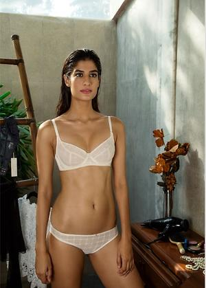 Embroidery on Mesh Unlined Bra