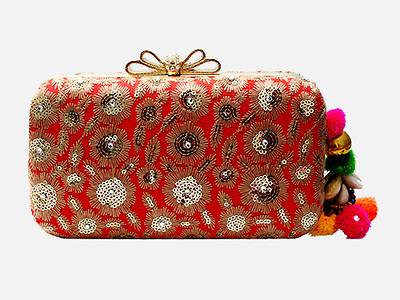 Ethnic Flower Embroidery Clutch with Tassels