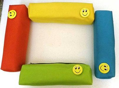 Stationary Pouches