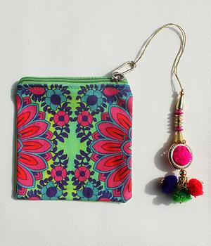 Blooming Flower Motif Coin Pouch