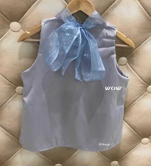 💞Beautiful bow top💞 Rich imported weaved satin Size 34 36 Length 22  Price 850+$