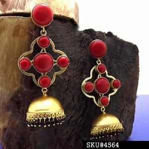 DAZZLING BRASS GOLD PLATED EARRINGS