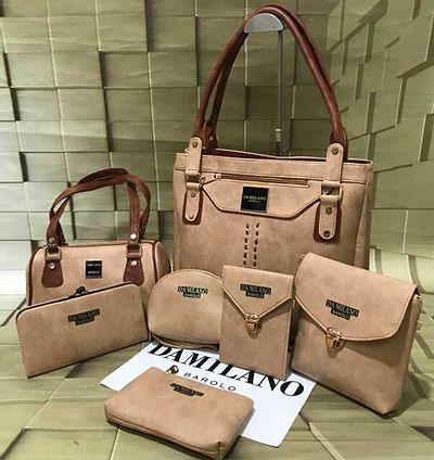 Damilano 🤗 Completely new model in market 😎😎😎😎😎 Leather look  7⃣⃣pc Combo   ₹1100-/only  Ship 100