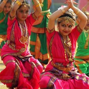 Bharat natyam costume