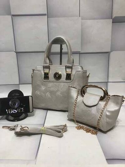 Versace 2 piece combo 💼  Stylish bags for ur attire 💃🏻 Grab it now 😍 899/+shipping  Book fast1