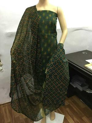 *Kota Doriya Dress Collaction*  Style : Discharge Printed Top : Pure Cotton Dupatta : Pure Shiffon Bottom : Thick Cotton    Seh