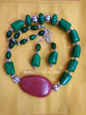 Green beads with side pendent