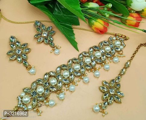 white coloured pearl necklace set