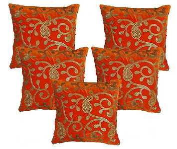 Cushion Covers  Pattern: Ambi Material: Velvet and sequence  Zipper lock at back Size 16*16