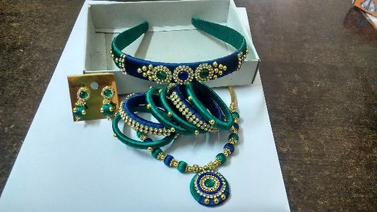 Kids silk thread jewellery set