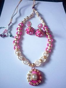 Pink and cream silkthread necklace