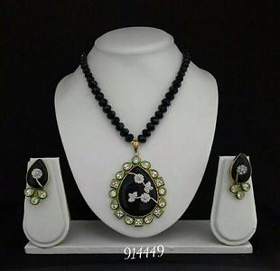 Kundan Pearl  Stone Traditional Jewelry Necklace Gift for Wedding Party Wear