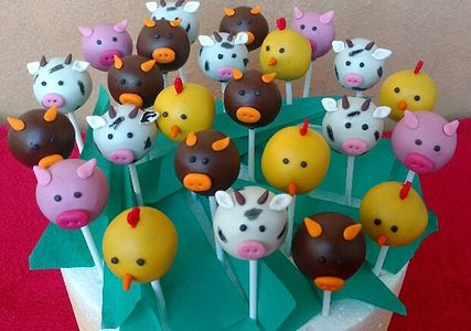 Animal theme cake pops