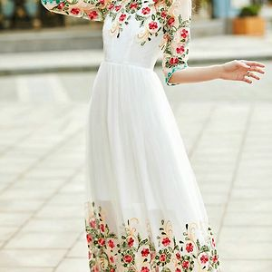 👘GOWN FABRIC : GEORGETTE ; INNER :  SHANTOON ;RATE: ₹800 + SHIP